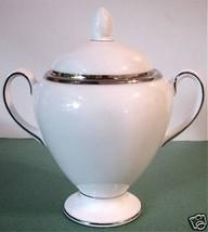 Wedgwood Sterling Globe Covered Sugar Bowl Footed Platinum Trim New - $49.90