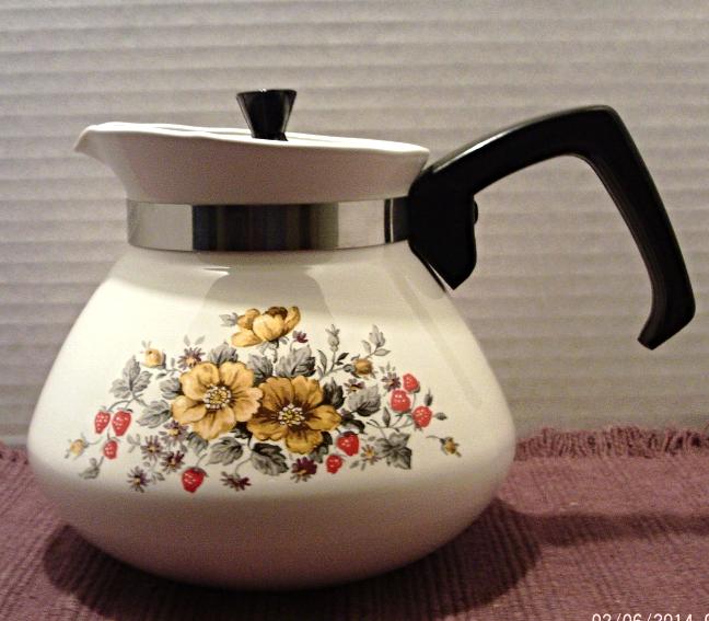 Vintage Enamel Ware CORNING 6 Cup Coffee Pot /Corningware Bantry Flowers Pattern