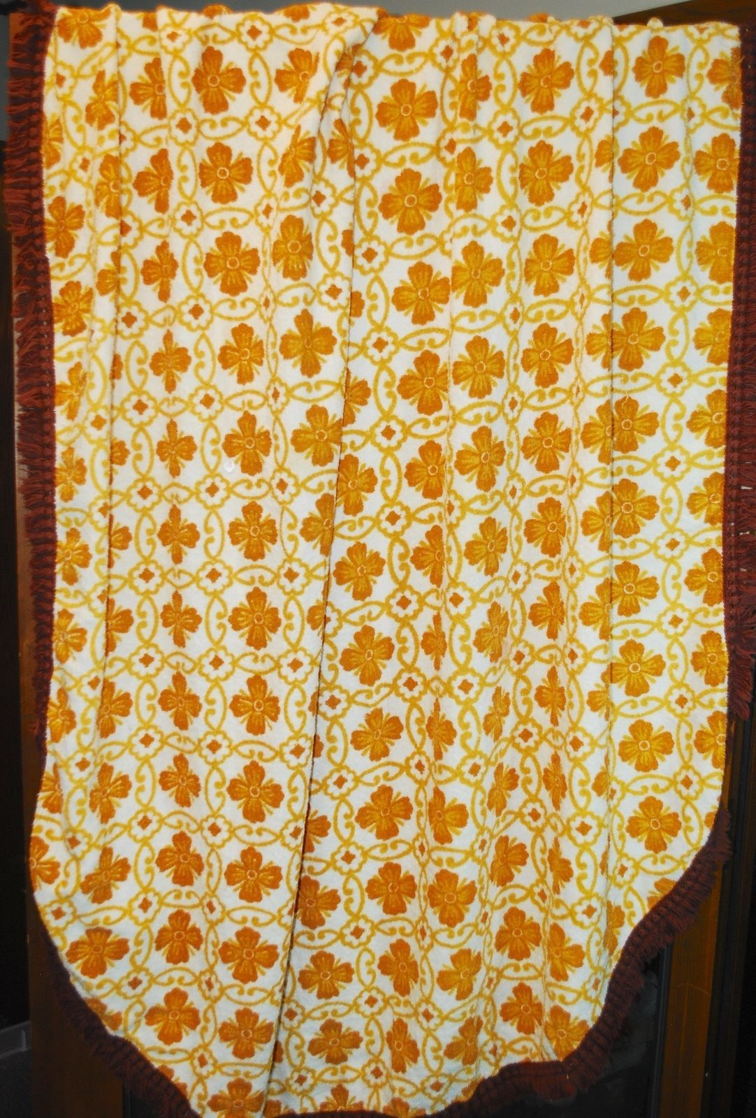"""Vintage! Terrycloth Tablecloth - Gold & Brown Geometric Design w/ Fringe 70""""x54"""""""