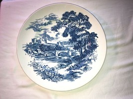 Vintage Wedgwood Porcelain Countryside Dinner Plate 10 In Mint - $15.99