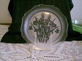"Jeannette Glass IRIS & HERRINGBONE 9"" Crystal D... - $21.78"