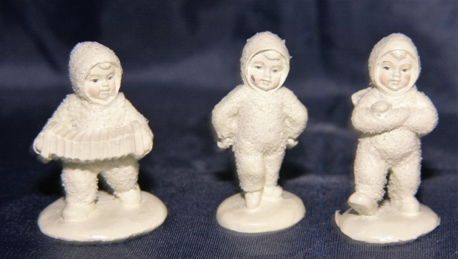 Primary image for Department 56 Snowbabies Mini Pewter Dancing to a Tune Retired