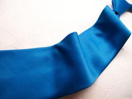 UMO LORENZO  Solid  BLUE    Silk  100 MENS neck tie s 11-5   6  - $8.90