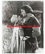 Errol Flynn  Robin Hood  8 X 10  Photo  8589a - $15.99