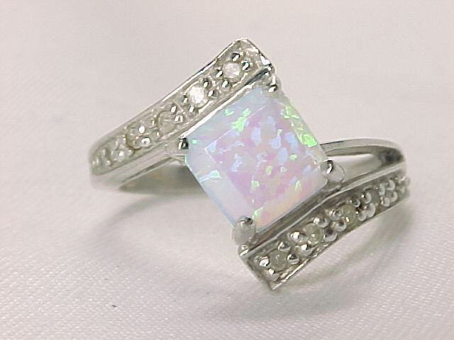 MYSTIC OPAL and 10 Diamond Accents RING in STERLING Silver - Size 6 3/4
