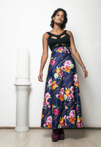 70s vintage hippie flower printed maxi skirt - $48.84