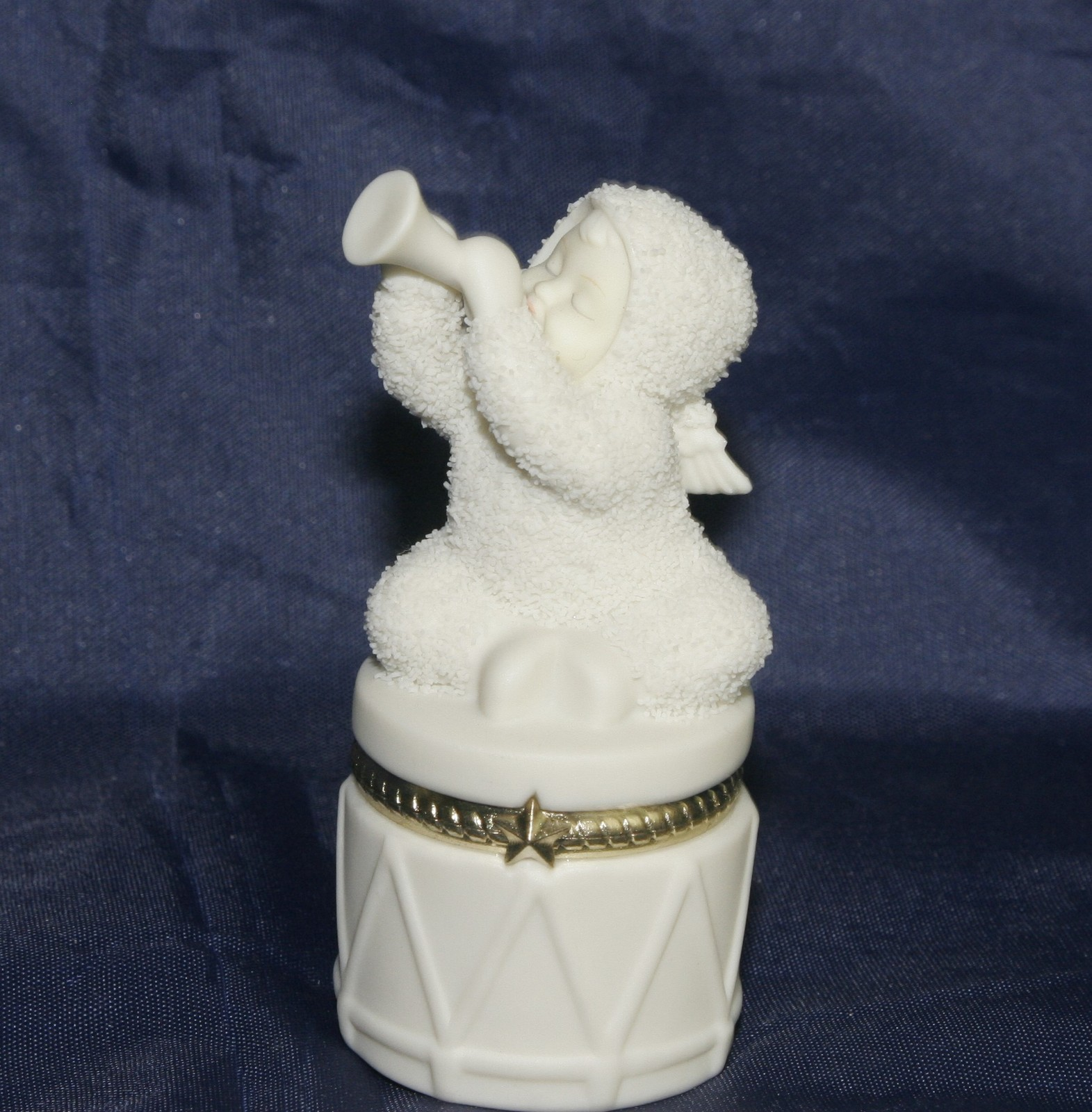 "Primary image for Dept 56 Snowbabies ""Celebrate"" Hinged Trinket Box"