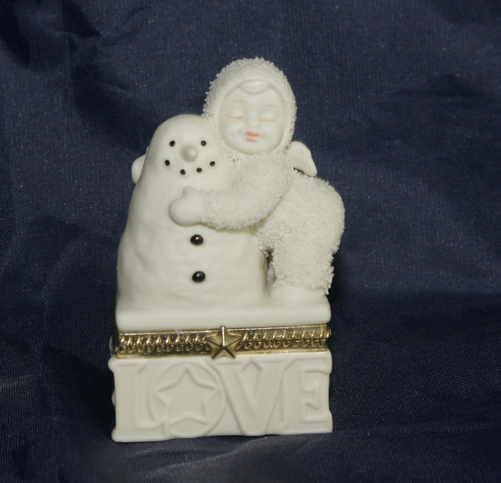 "Primary image for Dept 56 Snowbabies ""I Love You"" Hinged Trinket Box"
