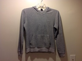 Used Great Condition GAP Medium Light Gray Pullover Hoodie Front Pocket