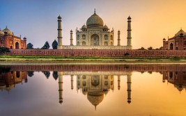"Taj Mahal India 24""X36"" Inch Poster, Wall Decor - $18.99"