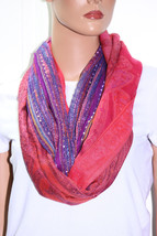 NWT Collection XIIX Eighteen Radiant Orchid Paisley Infinity Loop 22x35  - $5.53