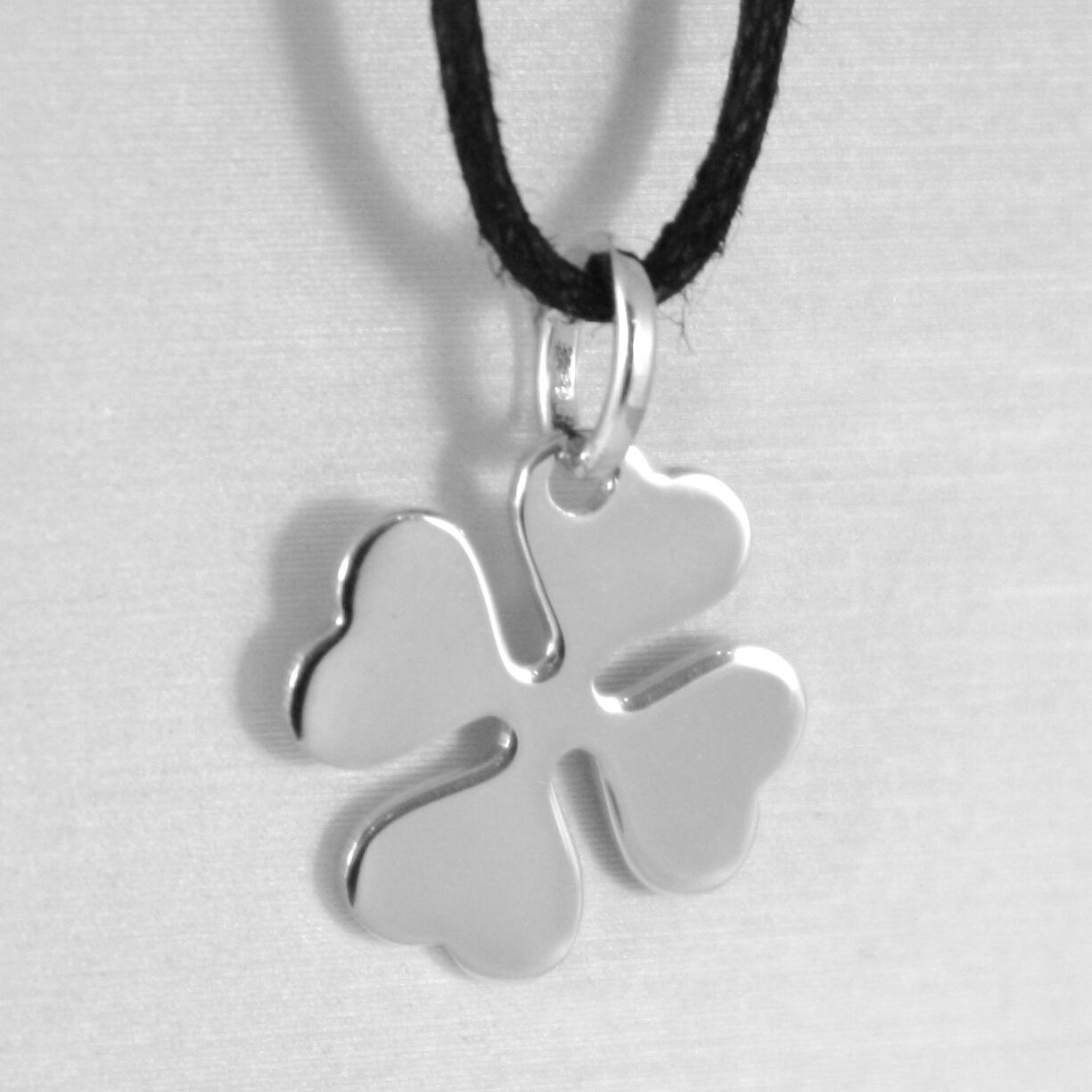 18K WHITE GOLD PENDANT CHARM 18 MM, FLAT LUCKY FOUR LEAF CLOVER, MADE IN ITALY
