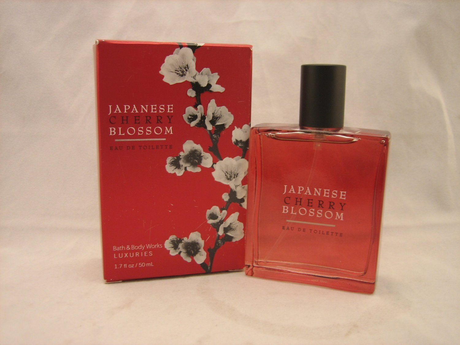 Bath & Body Works Japanese Cherry Blossom Luxuries Eau de Toilette 1.7 oz /50 ml