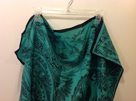 Gina Ruccini 100% Polyester Emerald Green Black Paisley Nature Themed Scarf image 2