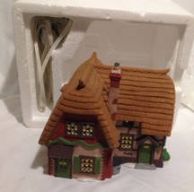 Department 56 Dickens Village Series Cobb Cottage Lighted In Box - $19.60