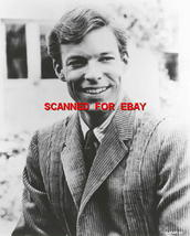 Richard Chamberlain   Studio   8 X 10   Photo  8489c - $14.99