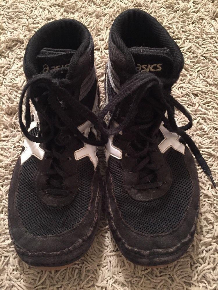 Asics Men`s Black/White Matflex Wrestling Shoes, Size 10
