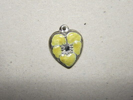 Vintage Sterling silver enameled puffy heart charm- YELLOW pansy - €25,38 EUR