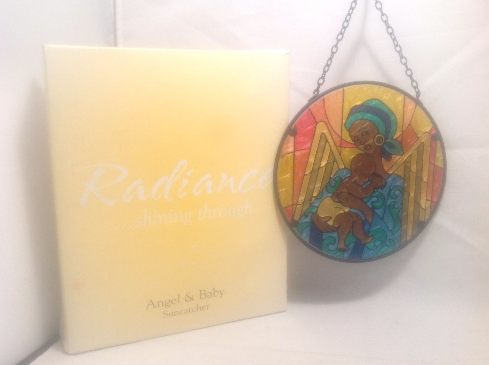"Never Used In Box Radiance Suncatcher Angel & Baby 6 1/2"" Diameter 3"" Chain"