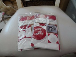 set of 2 red and white geometric print pillow cases 20 x 30 from Home Collection - $13.50