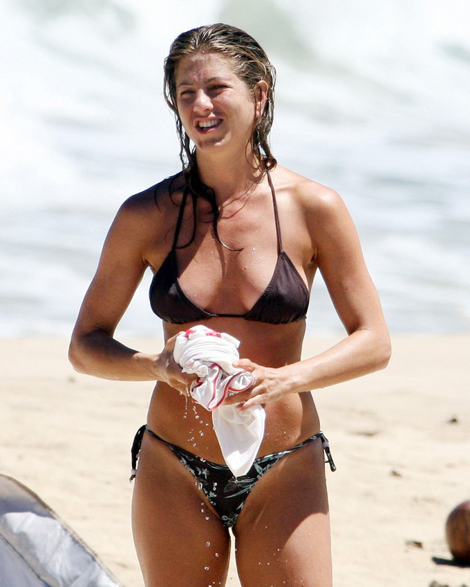 Primary image for Jennifer Aniston 16x20 Canvas Giclee On Beach In Sexy Bikini Wet Hair