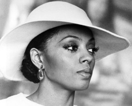 Diana Ross Mahogany 16x20 Canvas Giclee Fashion Image In Hat - $69.99