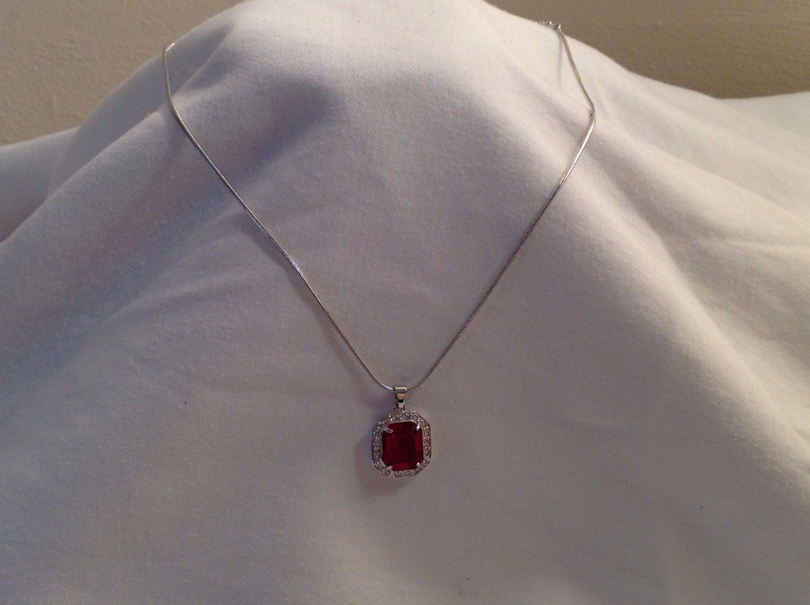New Annaleece Necklace Royal Rhodium Silver Ruby Red Stone withSwarovski Element