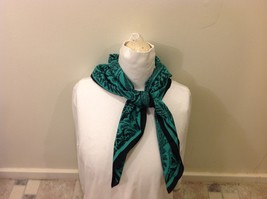 Gina Ruccini 100% Polyester Emerald Green Black Paisley Nature Themed Scarf image 6