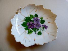 NASCO made in Japan Gold Trim Violets Floral Leaf Shape Dish Plate bowl ... - $17.82