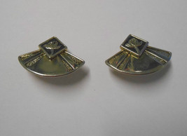 Signed Laurel Burch~Water Lily~Antiqued Gold Plate~Triangular Clip on Ea... - $18.00