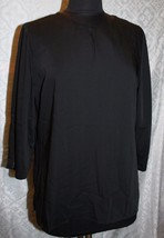 Chicos 1 M 8 Black Slinky Top Blouse Womens Classic Tunic - $27.19