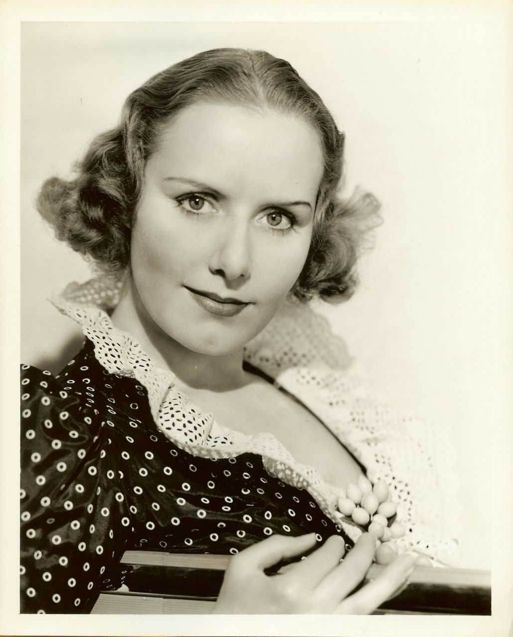 Melonie Haller,Edna Dore (1921?014) XXX tube Amber Valletta,Lisa Hartman Black born June 1, 1956 (age 62)