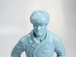 Louis Marx Blue Russian soldier rifle 1960s pla... - $30.82