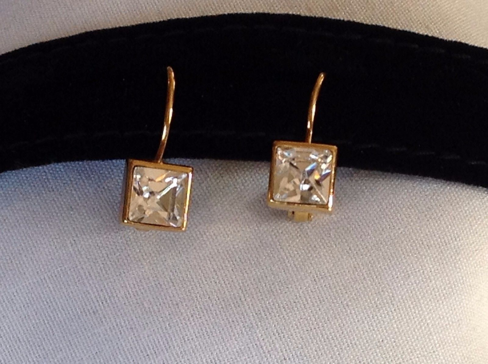 New NWT Annaleece 22 Karat Gold Square Clear Swarovski Stone Earrings