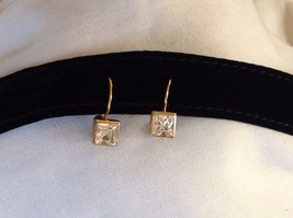 New NWT Annaleece 22 Karat Gold Square Clear Swarovski Stone Earrings image 2