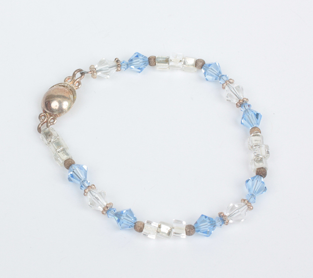 Crystal Bead Beads: Crystal Bead Bracelet Blue And Clear Beads Magnetic Clasp