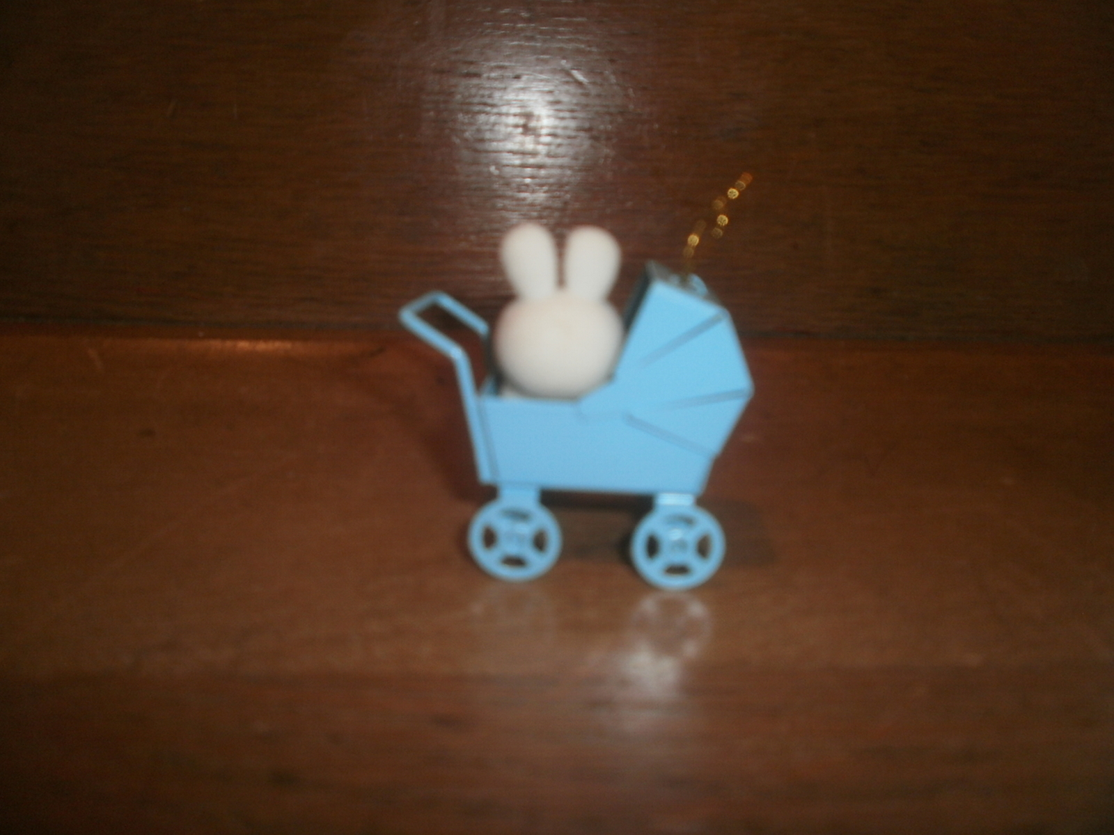 Avon Spring Bunny Collection , Bunny In A Blue Carriage