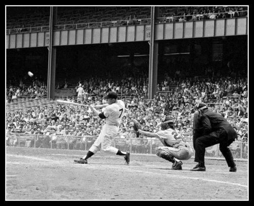 Primary image for Mickey Mantle New York Yankees O3D Vintage 8X10 BW Baseball Memorabilia Photo