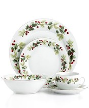 Gibson 20 piece holiday classic dinnerware set thumb200