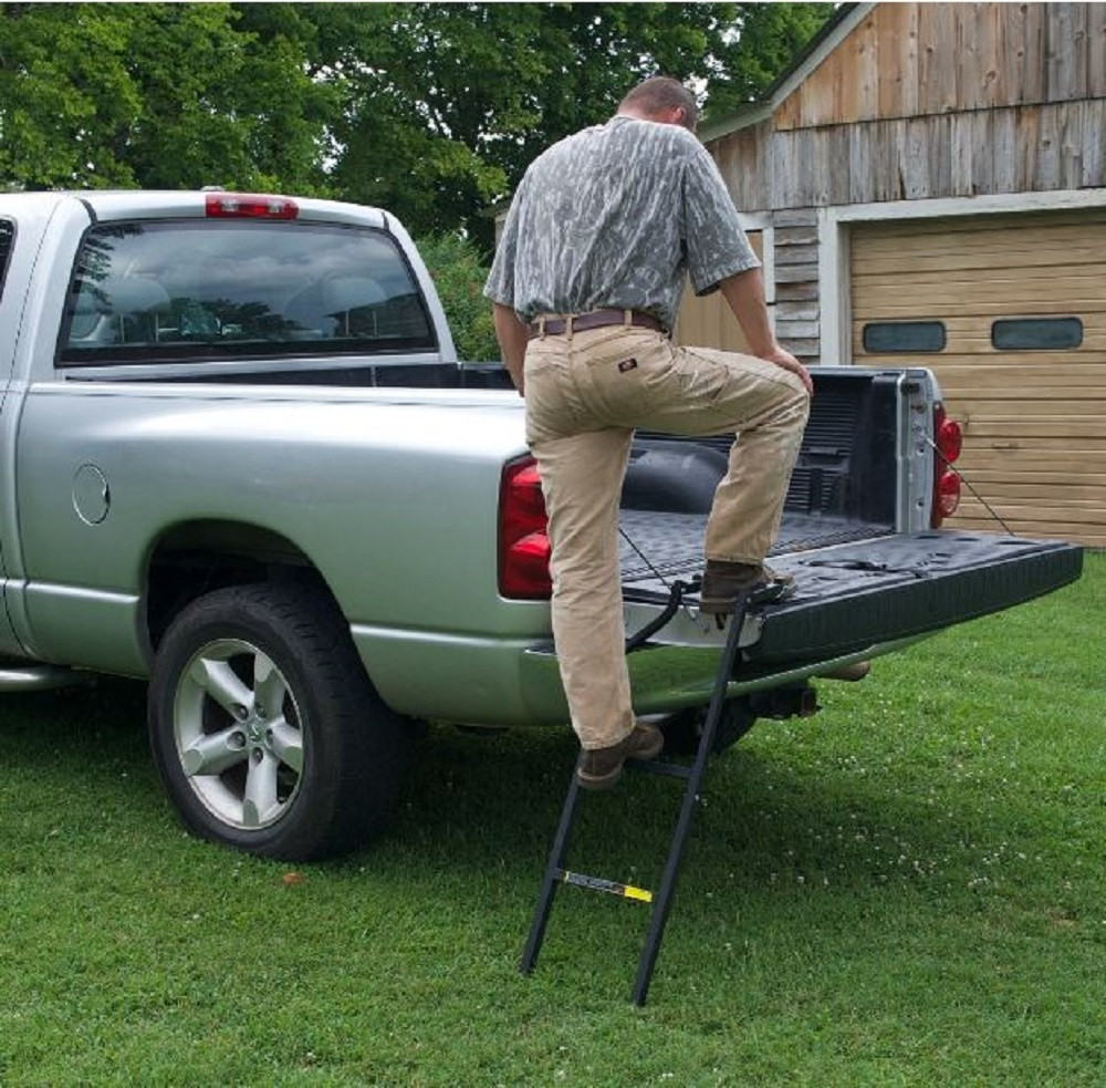 Truck_tailgate_ladder_real_up