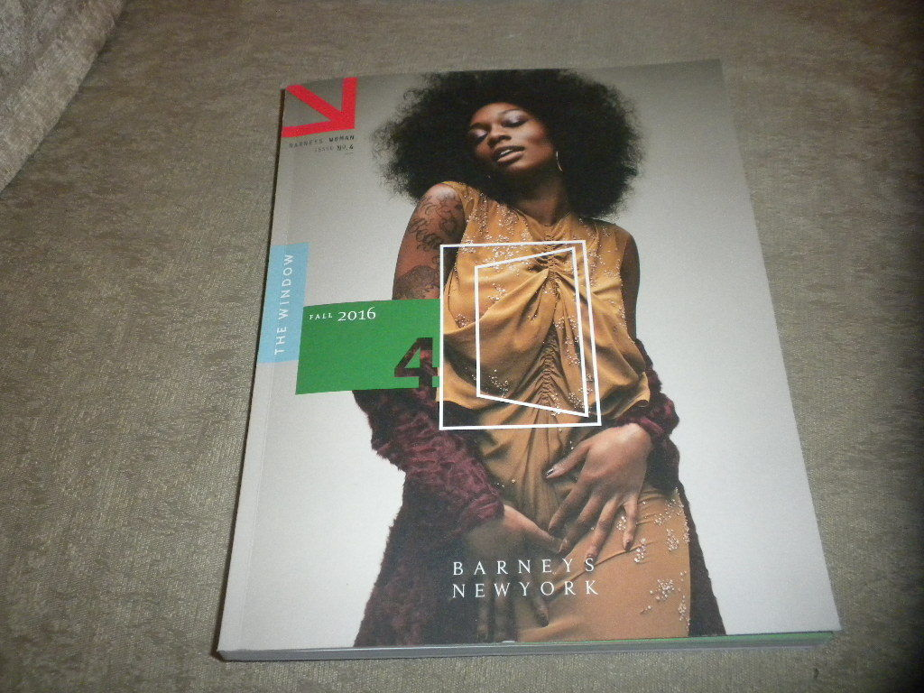 Barneys New York Woman Fall 2016 Catalog Magazin Fashion; Accessories; Beauty NF