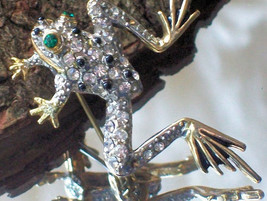Vintage Frog Pin Pave & Gold Tone Silver Color Crystals Black Glass Emer... - $39.00