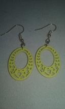 Artisan Handmade Yellow Wood Heart Design Oval Gold Plated Dangle Earrin... - $5.99