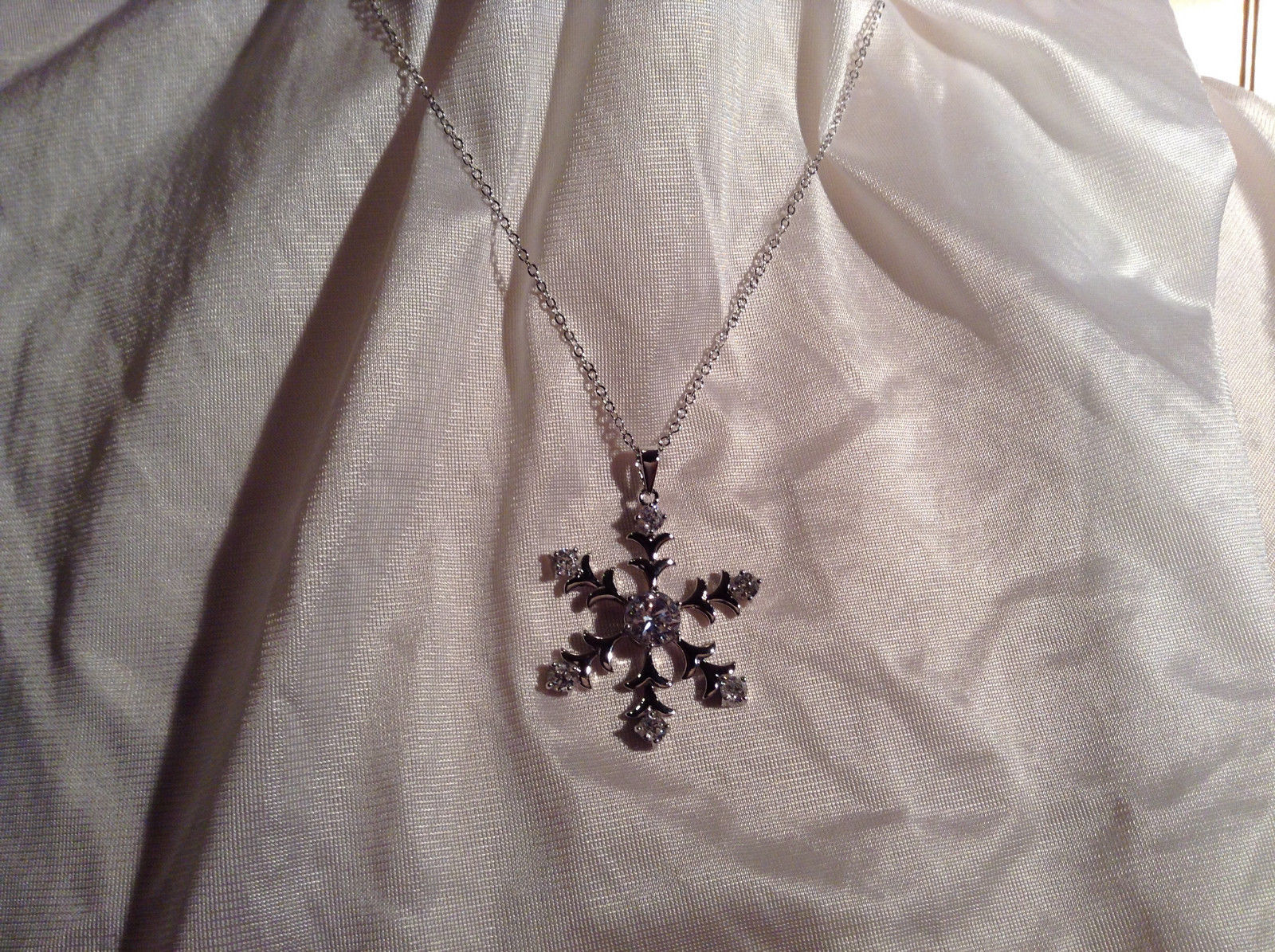CZ Stone Large Snowflake Rhodium plated Pendant Necklace 3 Adjustable Lengths