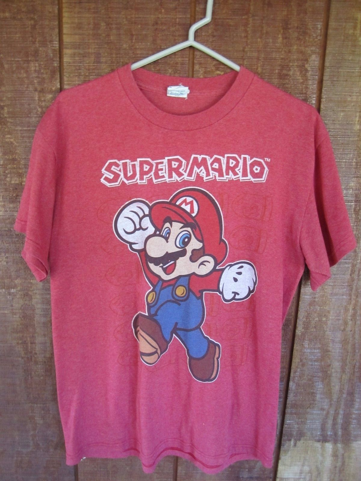 SUPER MARIO Red T Shirt Size Medium Delta Pro Weight Nintendo - $11.87