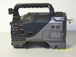 Panasonic AG-DVC200P (Body Only) Digital Video Camera Recorder - $93.06