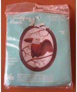 Eagle 687 Cathy Needlecraft Antique Ovals Kit - Fabric, Floss, Frame, Se... - $11.96