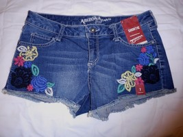 Women's Juniors Arizona Shorts Shortie Road Trip Size 1 NEW Embroidered Flowers - $19.79