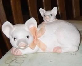 Vintage Artistic Gifts Porcelain Pig with Piglet - $9.49