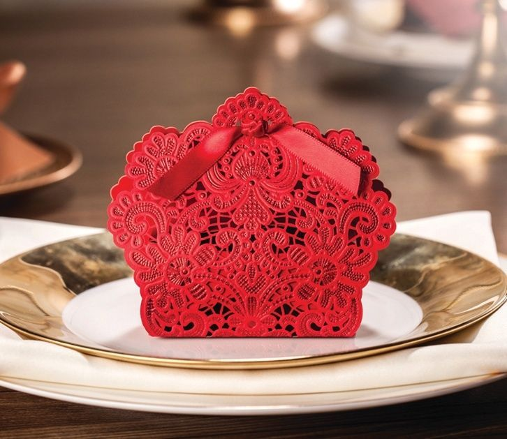 Red laser cut hollow wedding favor candy boxes wishmade CB057